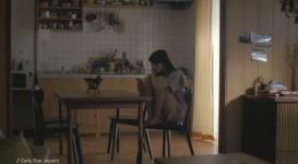 「LINE MUSIC 」TVCM『聴く篇』小松菜奈