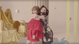 Chara+YUKI 『楽しい蹴伸び』MV YUKI